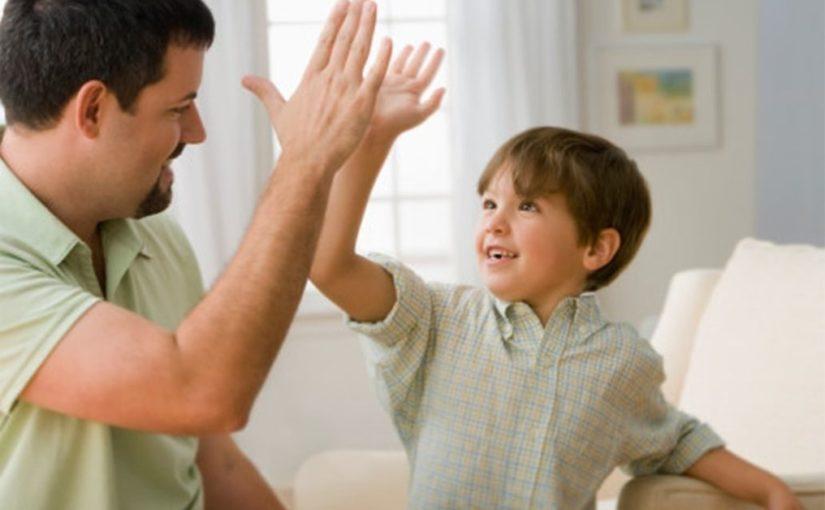 ПОМОГИТЕ МНЕ! (Советы родителям, которые мог бы дать слабовидящий или слепой ребенок, если бы его спросили)